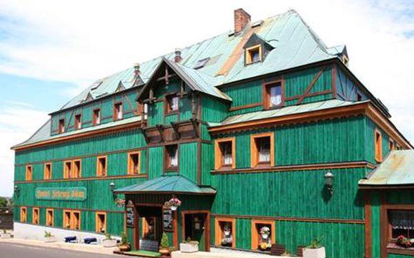 Krušné hory - Boží Dar pro DVA na 3 a více dní ve stylovém hotelu Zelený Dům