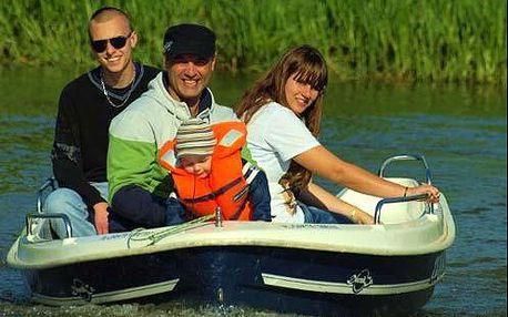 Celodenní plavba na Baťově kanálu na motorovém člunu až pro 6 osob