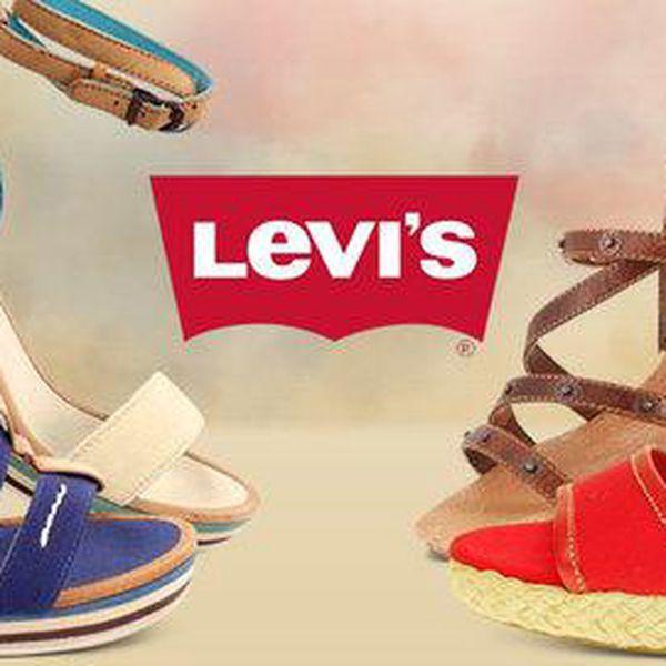 Dámské sandály na klínku od Levi's