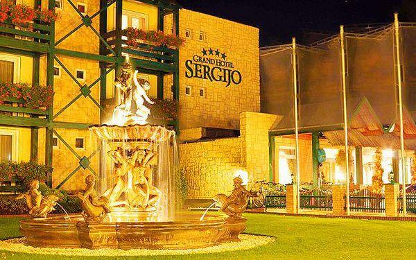 3denní pobyt pro 2 s romantickou večeří při svíčkách v Grand Hotelu Sergijo na Slovensku