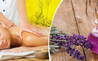 Regenerační masáž levandulovým olejem