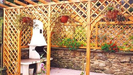 chaty u vody slovensko Krátkodobé i dlouhodobé ubytování v chatách u sečské v okolí značené cyklistické stezky doplatek spotřeby el energie a vody na chaty na seči.
