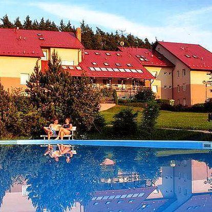 Až týdenní relaxační pobyt v hotelu Jesenice u Rakovníka pro 2 osoby