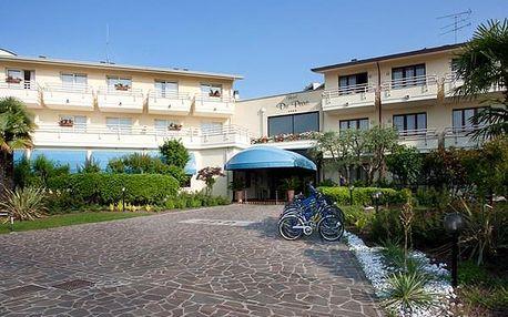 HOTEL DU PARC, Lago di Garda, Itálie, snídaně