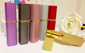 Hranatý flakónek na parfém - v 6 barvách