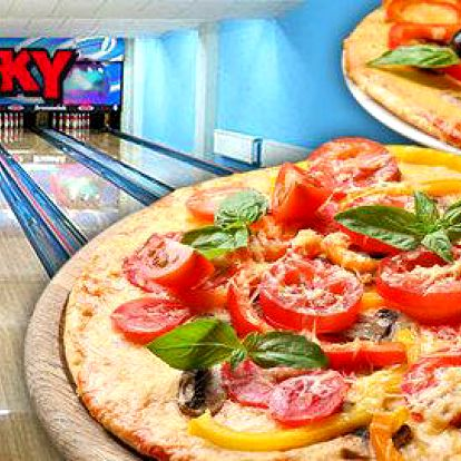 Bowling a 2 pizzy s kamarády