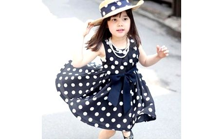 Šaty pro dívky s puntíky