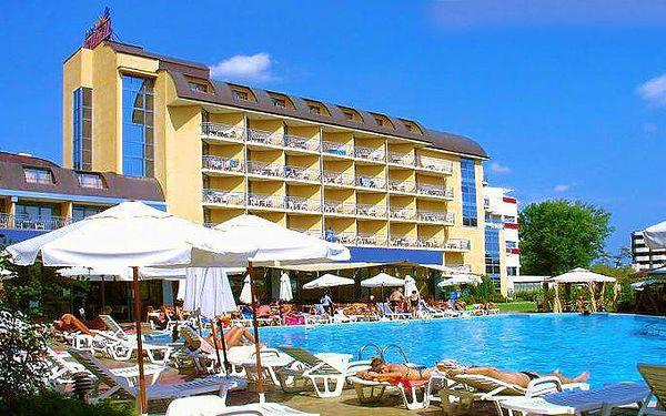 9denní pobyt v Bulharsku pro 1 s ubytováním v hotelu Bajkal a stravou all inclusive