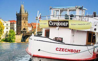 Až 3hodinová plavba Prahou po Vltavě s možností rautu pro 1 osobu
