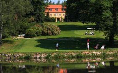 Vychutnejte si luxusní golf na Štiříně se slevou 50%. Green fee 18 jamek, oběd v hodnotě 120 Kč, vířivka 30 min., sauna 30 min. Kdykoliv v sezoně 2015 za 590 Kč.