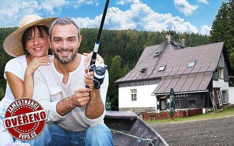 3 dny pro 2 osoby s rybolovem na samotě v Krušných horách v chatě Hájenka