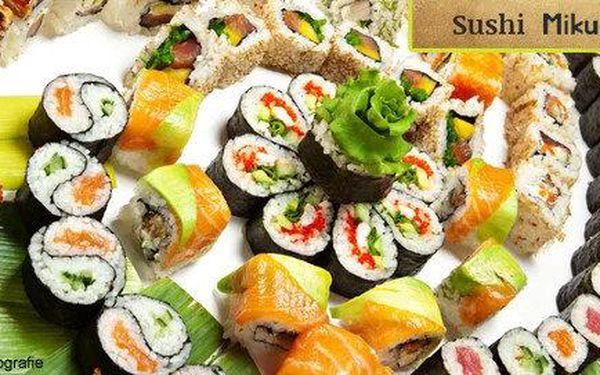 Sushi menu v japonské restauraci Mikuni -…
