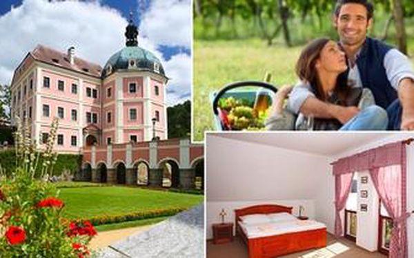 3denní pohádková dovolená pro 2 v Bečově nad Teplou. Pobyt se snídaněmi a středověkou večeří.