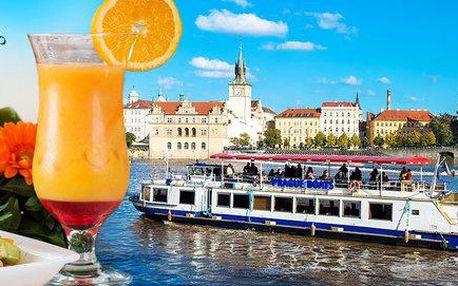 Plavba po Vltavě s osvěžujícím občerstvením