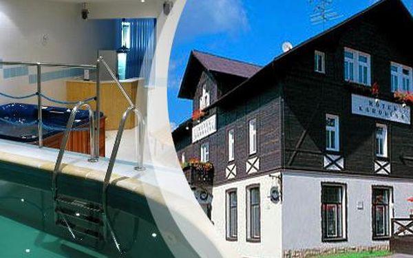 Léto v Krkonoších na 3 a více dní s polopenzí a volným vstupem do bazénu