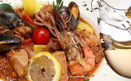 Mořské plody po balkánsku a víno pro dva