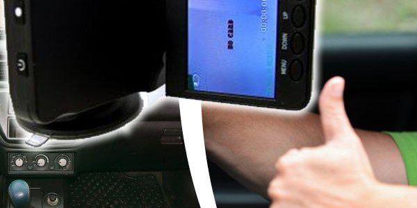 Minikamera do auta s fotoaparátem i nočním viděním a emulovaným HD rozlišením. Perfektní dárek!!