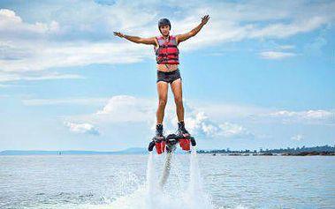 Pro milovníky adrenalinu: let na FLYBOARDU za 1600 Kč