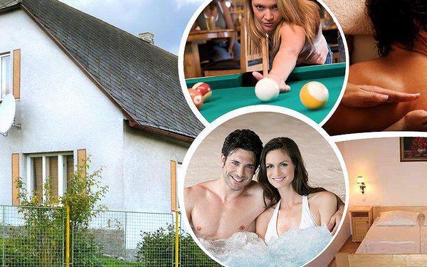 Wellness pobyt pro dva v Chalupě Na Špici na 3 dny s polopenzí, privátní vířivkou a saunou.
