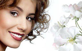 Permanentní make-up s konzultací a kontrolou se slevou 75 %