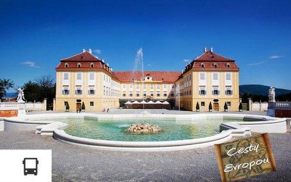 Zámecký komplex Schloss Hof, čokoládovna a plavba po Dunaji