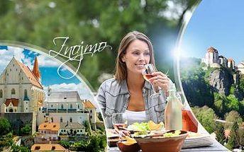 ZNOJMO - historické centrum na 3 dny pro DVA s bohatou POLOPENZÍ a lahví VÍNA. Platnost do března 2016!