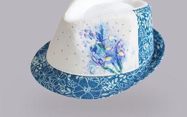 Dívčí květovaný klobouček - světle modrý