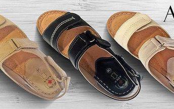 Dámské sandály s anatomicky tvarovanou stélkou