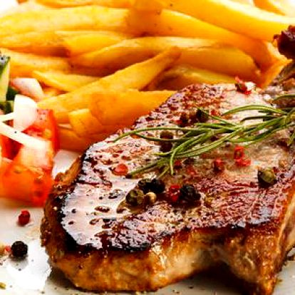 2x200 g grilovaný steak s hranolkami v restauraci Na Jezerce