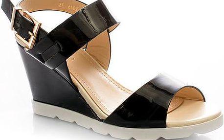 Lesklé sandály 2016B