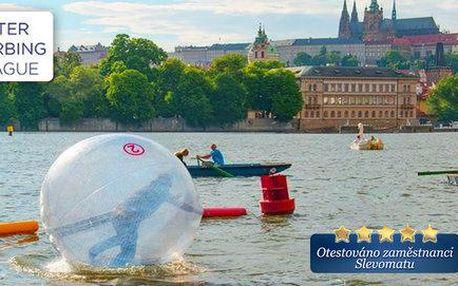 Zábavný Water zorbing na Vltavě