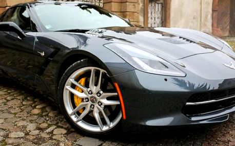 Zážitkový okruh ve Ferrari, v Lamborgini nebo v Porsche
