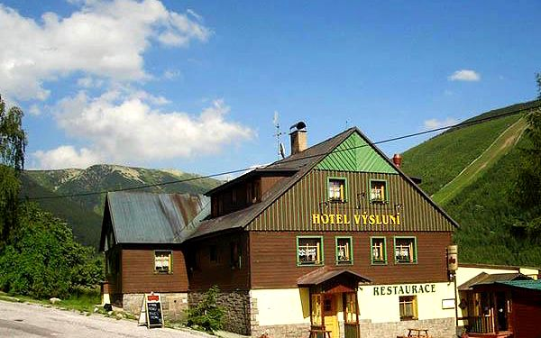 Neomezené wellness a Vodní ráj v Hotelu Výsluní