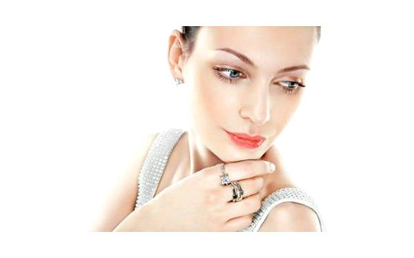 Krása a zdraví v jednom: Kosmetické ošetření + Zábal Magic Wrap