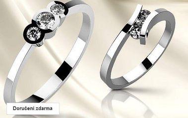 Zásnubní prsteny z bílého zlata se zirkony