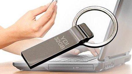 32GB USB flash disk pro uložení všech vašich potřebných dat