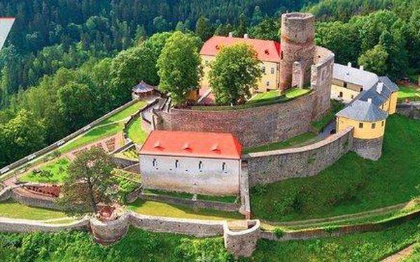 3 dny v historických komnatách hradu…