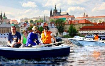 Pronájem motorových lodí na Vltavě