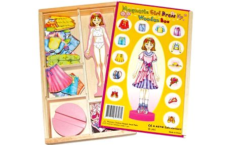 Převlékací magnetická panenka Magda