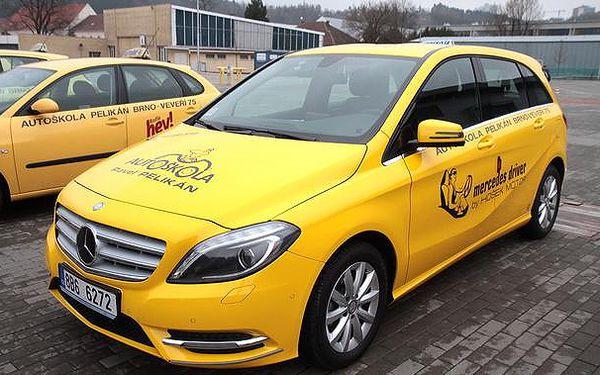 Autoškola - balíček 3 kondičních jízd s Mercedesem