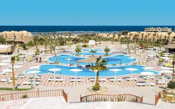 Egypt - Last minute se slevou 62%: Hotel Three-Corners-Pensee-Beach na 8 dní v termínu 19.07.2015 jen za 9690 Kč.