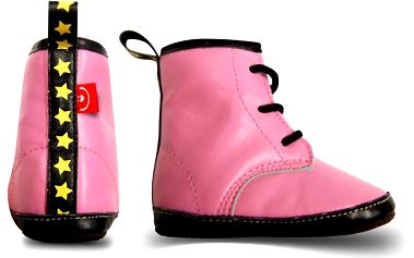 Růžové boty z eko-kůže