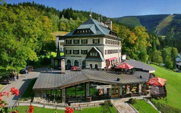 Luxusní wellness v Hotelu Praha až na 6 dní pro 2