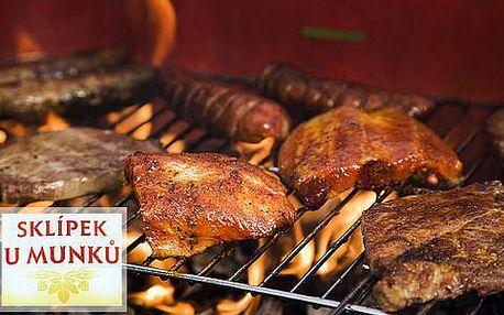 Gurmánská grill mix hostina pro 4 osoby přímo v centru Prahy