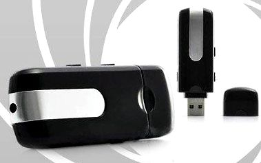 Špionská kamera v USB flashdisku