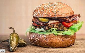 Výtečný Maxi jalapeño burger a Mini burgřík