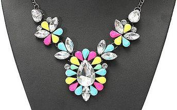 Barevný náhrdelník s velkým kamínkem
