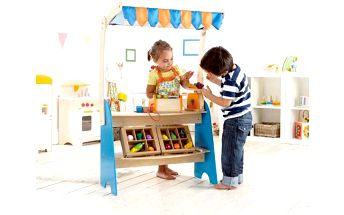 Hape Toys Trh ze dřeva pro děti