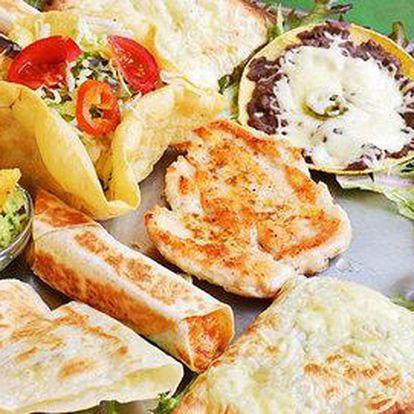 Speciální Plato plné mexických dobrot v restauraci Sonora