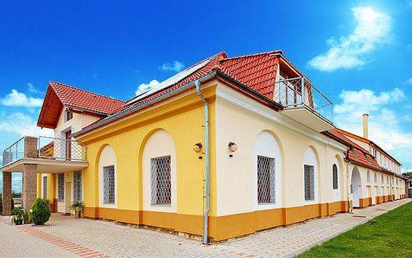 Až 6denní wellness se snídaněmi v resortu Oáza v Českém středohoří pro 2, 3 nebo 4 osoby